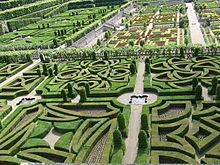 Il giardino rinascimentale francese del castello di Villandry.