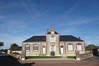 Bullou mairie-école Eure-et-Loir France.jpg