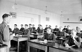 Bundesarchiv Bild 101III-Junkerschule Toelz-5215, Bad Tölz, SS-Junkerschule