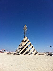 Burning Man 2011 Victor Grigas The man IMG 4602.jpg
