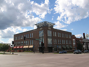 Burnsville, Minnesota - Grande Market Square at Nicollet Avenue and Burnsville Parkway is the cornerstone of the Heart of the City project.