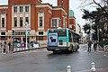 Bus ligne 68 place Cresp Montrouge 2.jpg