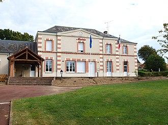 Busloup - Town hall