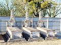 Bussy-le-Repos-FR-89-sépultures-01.jpg