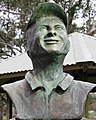 Bust of Steve Waugh.jpg