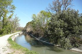 Canal de Carpentras près de Cambuisson.JPG