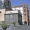 Cappella Pontano e campanile di S. Maria Maggiore (Napoli).jpg