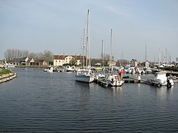 Carentan port de plaisance.jpg