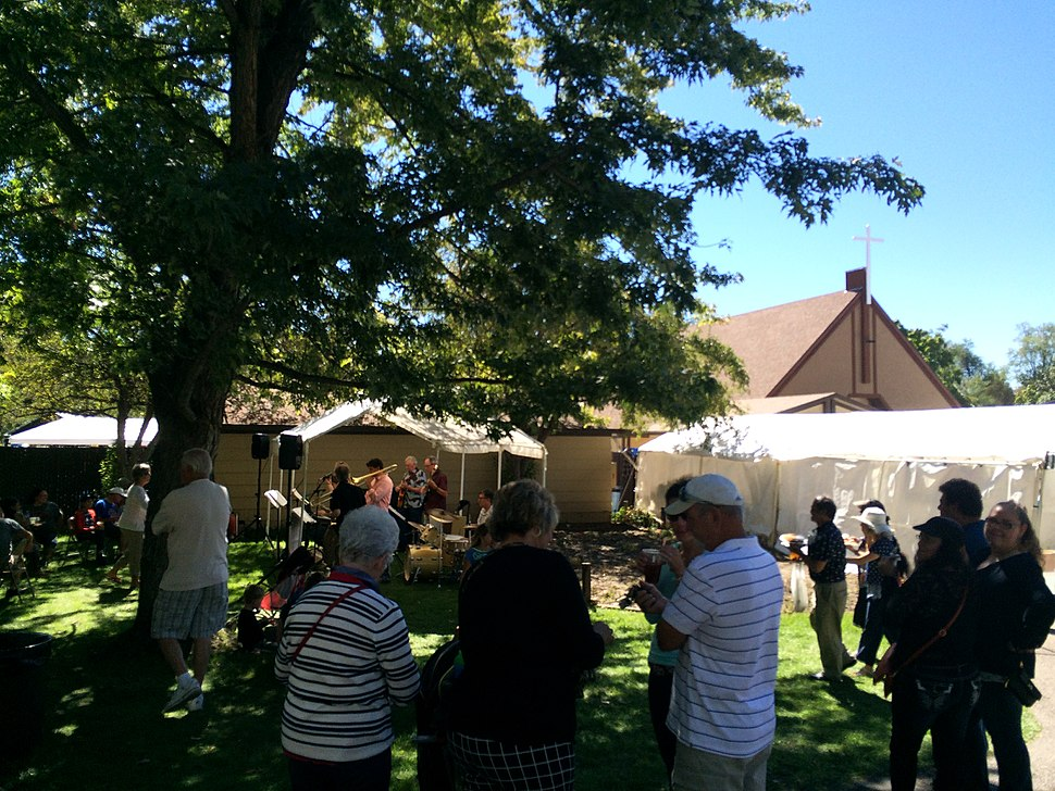 Carmelite Festival 2015 live band with the Carmelite Monastery of Salt Lake City seen in back