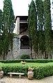 Casagrande dei serristori, giardino, lato interno delle mura di figline 02.jpg