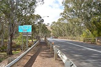 Glenelg River (Victoria) - Image: Casterton Glenelg Highway Bridge 001