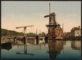 Catharine Bridge and windmill, Haarlem, Holland-LCCN2001699507.tif