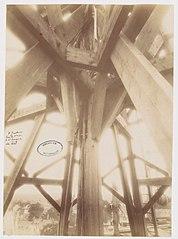 Photographie de l'intérieur du clocher de la cathédrale de Laval