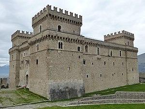 Castello Piccolomini (Celano) - Castello Piccolomini in Celano