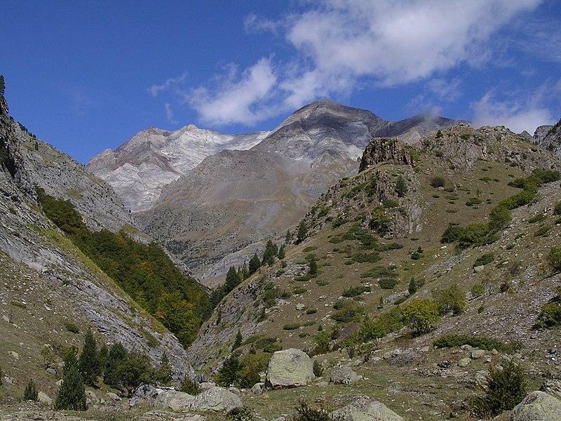 File:Cerbillona desde Ordiso.jpg