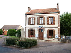 Chêne-Arnoult-FR-89-mairie-03.jpg