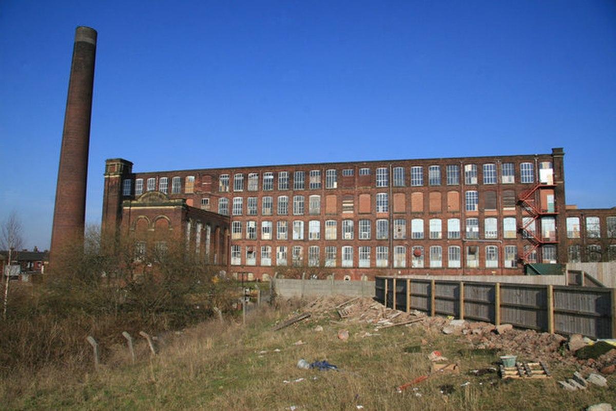 Chadderton Mill - geograph.org.uk - 696605.jpg