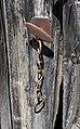 Chaine poignée de porte rouillées.jpg