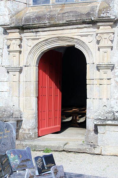 Chapelle Saint-Gobrien de Saint-Servant: porte sud