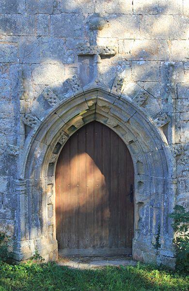 Chapelle Saint-Jacques (Brech): porte principale