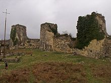 Chaqvinji Fortress -1 (Photo by Lika Abralava, 2011).jpg