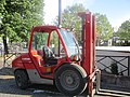Chariot élévateur Loxam.jpg