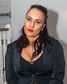 Cheerleader Melissa at the Summit 2019.jpg