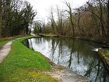 Chesterfield Canal pound.jpg