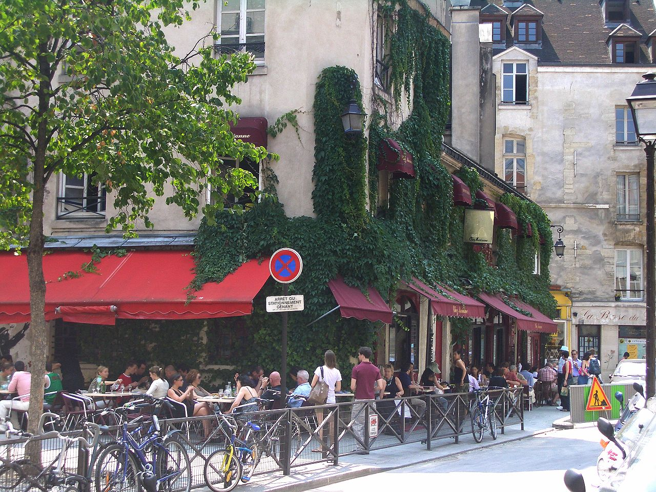 Restaurant Rue De La Mare Paris
