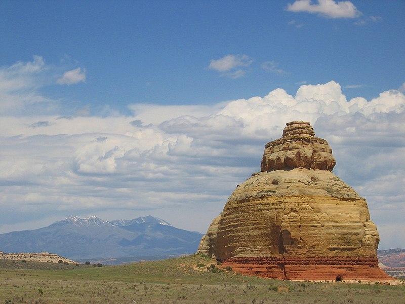 File:Church Rock Utah 1.jpg