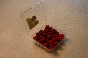 Clamshell (container) - Raspberries in a plastic clamshell package