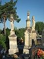 Cmentarz parafialnhy w Ożarowie 4.jpg