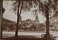 Collectie NMvWereldculturen, TM-30000438, Foto- Het Oranje Hotel te Surabaya, ca. 1927.jpg