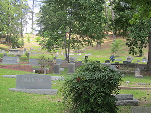 Columbia, Louisiana - Image: Columbia Hill Cemetery, Columbia, LA IMG 2726