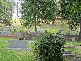 Columbia, Louisiana - Image: Columbia Hill Cemetery, Columbia, LA IMG 2726