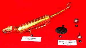 Gold Museum of Peru and Weapons of the World - Golden Weasel of the Frías culture, Peru