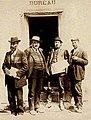 Comité d'Argelliers Albert Cathala Louis Blanc et le médecin Senty.jpg