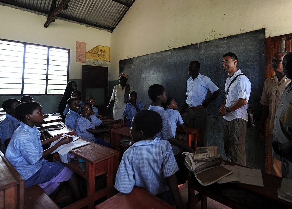 Community work in Kenya DVIDS342488