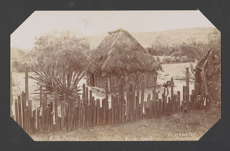 File:Cottage in Mitla, Oaxaca. (17234266791).jpg