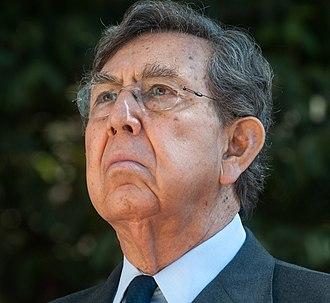 Cuauhtémoc Cárdenas - Image: Cuauhtémoc Cárdenas (cropped)