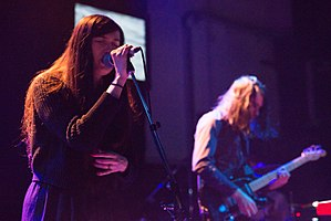 Cults (band) - Image: Cults 2014 Kranhalle 9