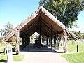 Cultura Maori, Rotorua, Nueva Zelanda - panoramio (1).jpg