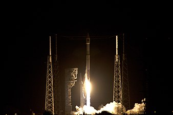 Cygnus CRS OA-6 Atlas V rocket launch (25372099303).jpg