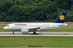 D-AIBJ Airbus A319-112 A319 - DLH (28376706276).jpg