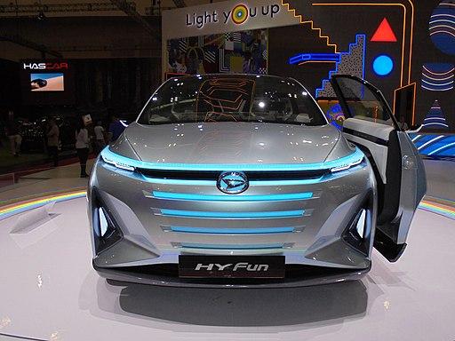 Daihatsu Hy-Fun Mobil Konsep Keluarga