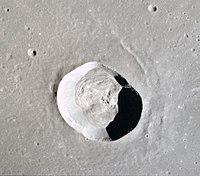 Dawes crater moon.jpg