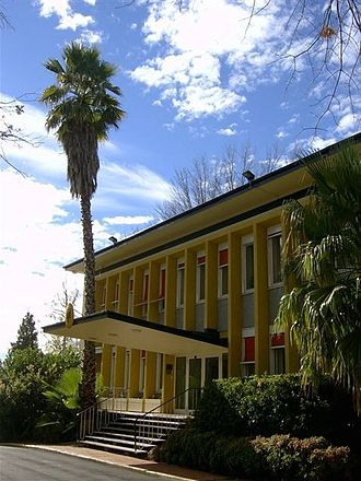 Embassy of Germany, Canberra - Image: Deutsche Botschaft Canberra