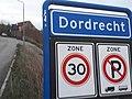Dordrecht plaatsnaambord.jpg