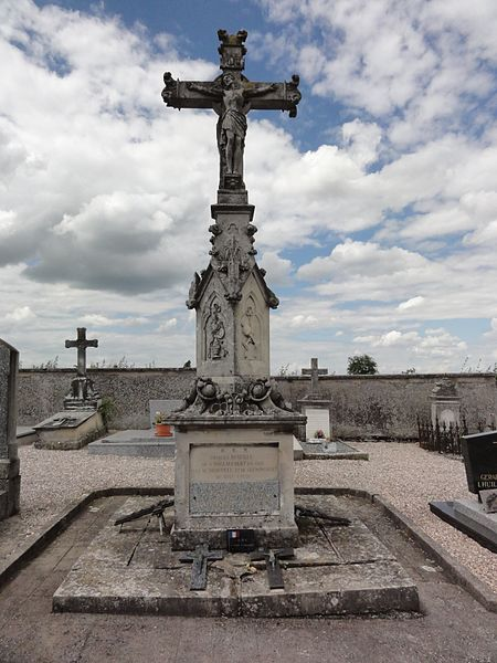 Drouville (M et M) croix de cimetière