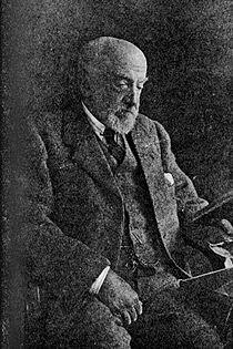 Dukinfield Henry Scott 1854-1934.jpg